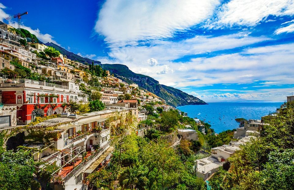 amalfi coast Italy summer destination